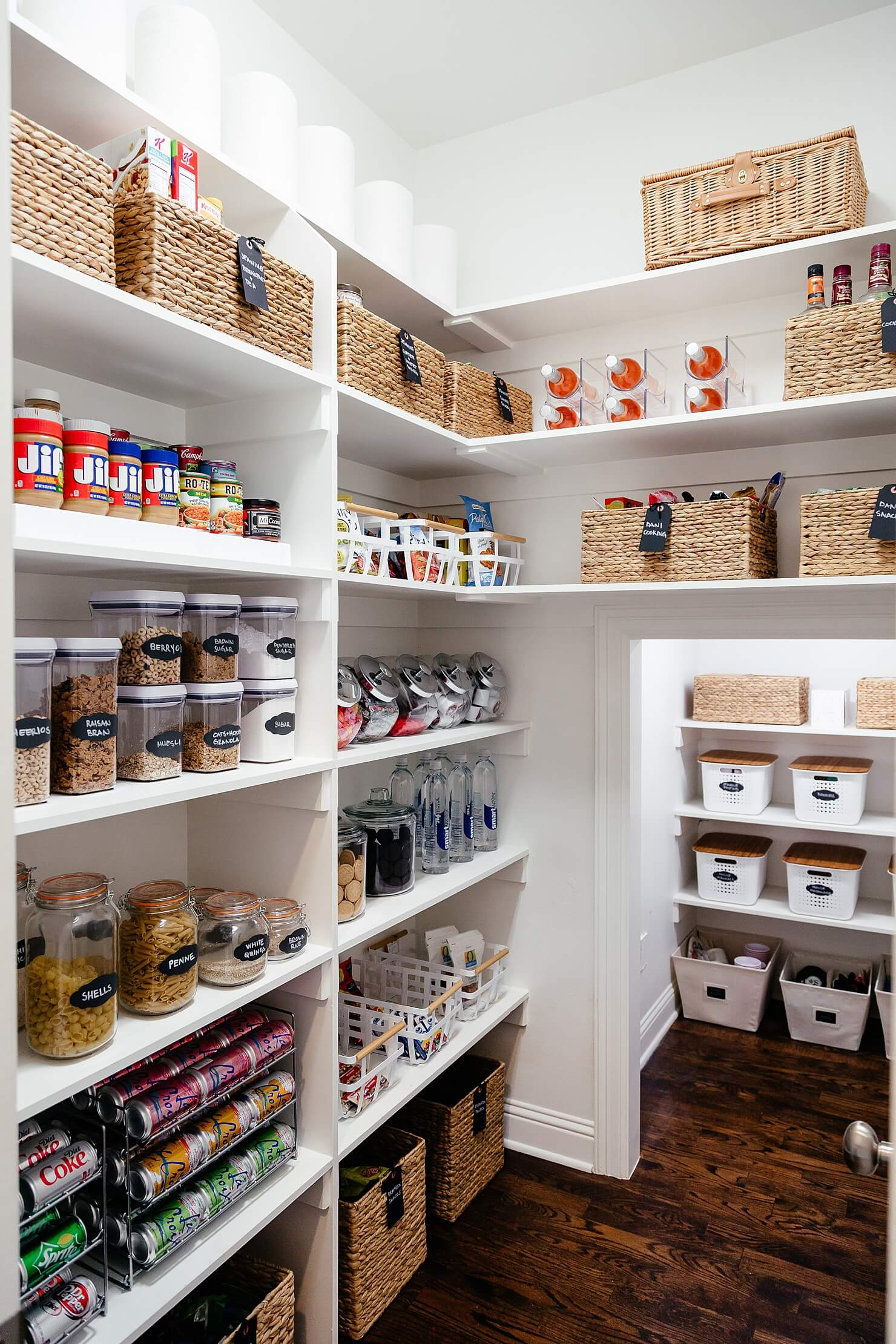 Ways To Organize A Small Kitchen